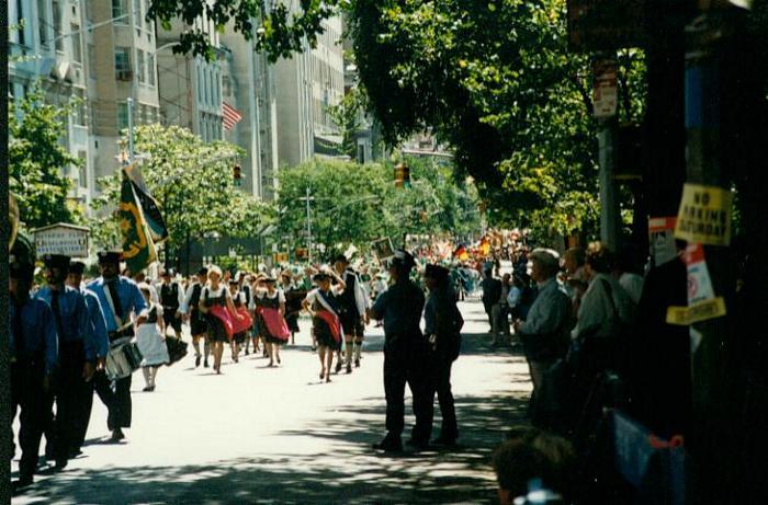 tn_steubenparade2003
